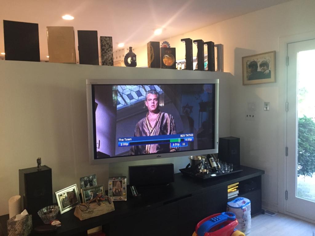 tv on articulating bracket